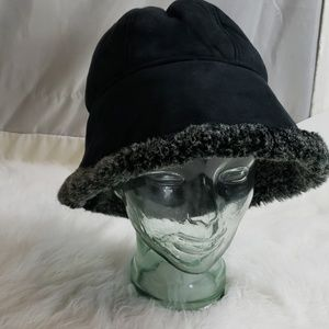 Womans hat made in Italy